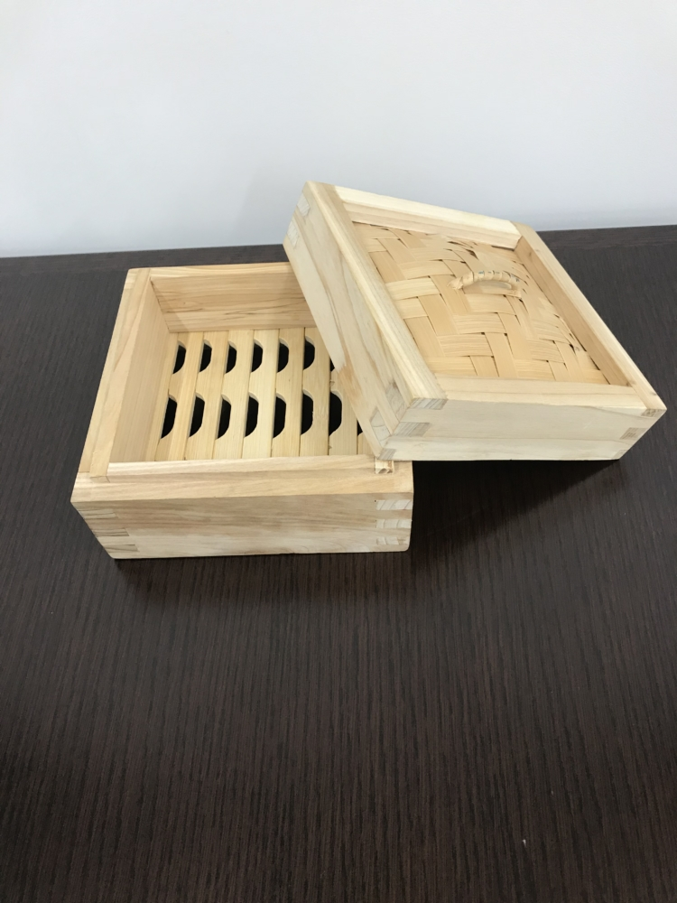 本格派杉製角型セイロ 12月発売予定