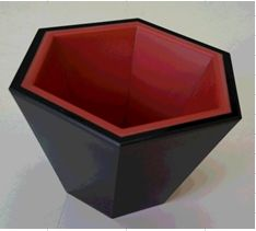 六方美心(六角さかずき)内朱外黒